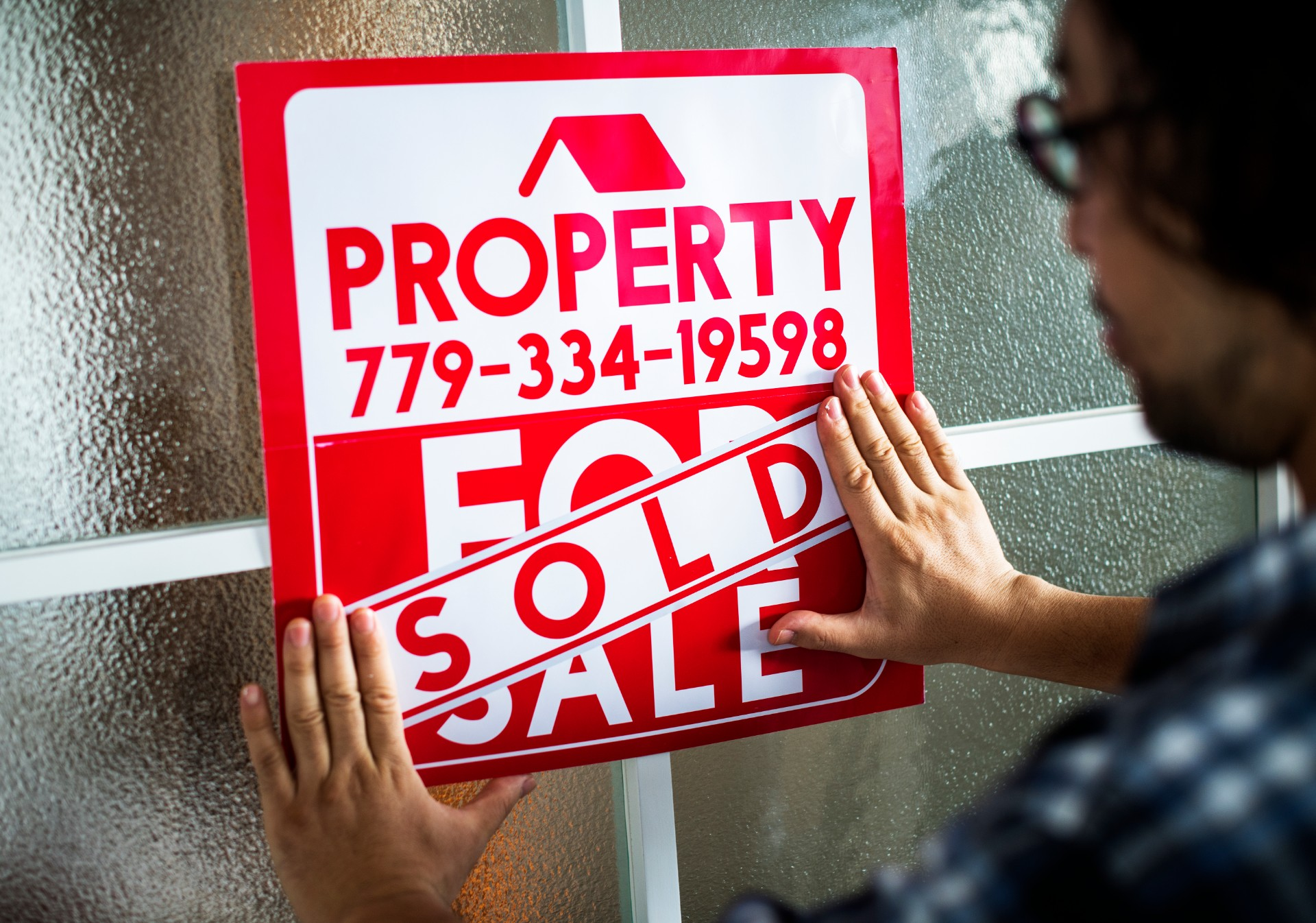 Tips To Help You Sell Your Home During the Winter (And What NOT To Do)